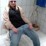 Malene, klædt ud som Nik. Til en skolefest i 2004. Temaet var kendte mennesker