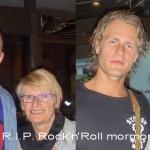 """""""Rock'n'Roll-mormor"""" som Nik så pænt""""døbte"""" Camilla's mormor, Pia.Hun tog med Camilla rundt til koncerterog mødte Nik & Jay en del gange.Desværre er hun ikke blandt os mere.Det skete meget pludseligt og alt for tidligt.Hun var sgu en sej mormor.Billedet er fra Go Aften DK d. 16.09.2007"""