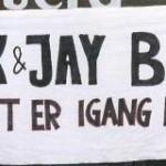 Det her er vores banner som vihavde med til koncerter for år tilbage